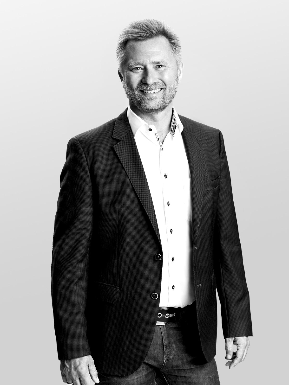 Henrik Smit